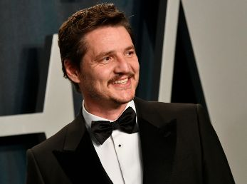 Pedro Pascal en la Vanity Fair Party 2020