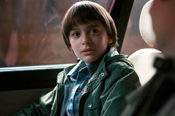 Noah Schanpp Will Byers Stranger Things serie Netflix acusado racista