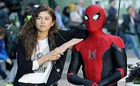 Zendaya and Tom Holland on set.  Photo: (IMDB)
